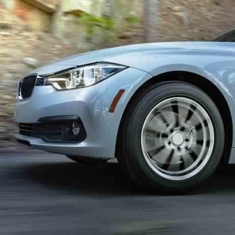 Watch video, Driveguard tires, Opens a Dialog